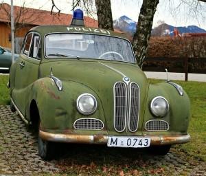 police-car-263617_640